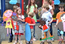 Kindertekeningen in hout