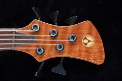 Inlegwerk van fineer voor gitaar