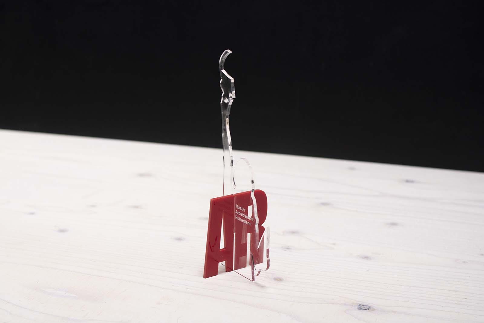 Laserbeest award ontwerp laten maken acrylaat