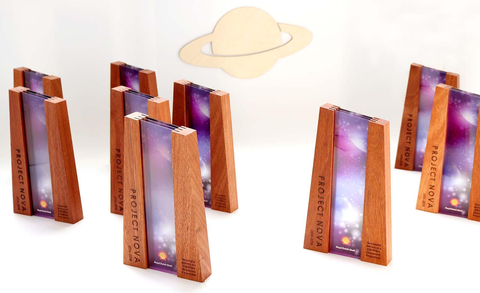 Laserbeest award ontwerp design tombstone bijzonder